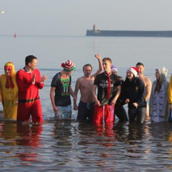 Fundraising Boxing Day Dip SQ