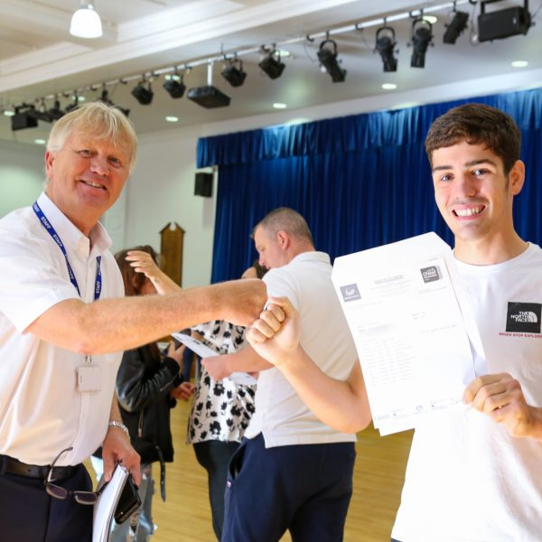 GCSE Results Day 2021_--3